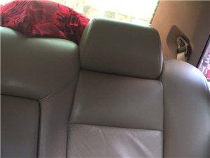 2010年大众志俊高配真皮座椅恒温空调