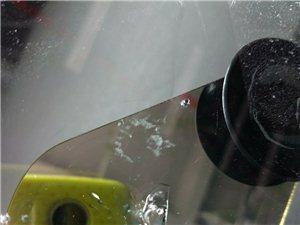 新都汽��躏L玻璃��I修�a,玻璃各�N��痕修��13658032576���傅
