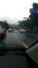 江口焦村坝车祸,下雨天开车一定要慢