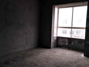 威龙苑3室2厅2卫62万元