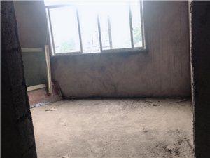 四室一厅一厨两卫,彩光好,地址浅水湾希望幼儿园