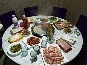 夏日大酬宾美食享不停忆口香串串火锅烧烤为答谢广大食客对忆口香串串火锅的支持和厚爱特推出以下优惠活动
