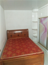 世纪豪庭1室1厅家具家电齐全,小区房