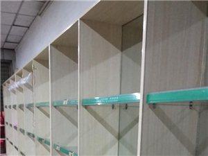 纯实木货架出售一组三个合成有需要的联系我18474620938每组只需要1200