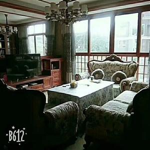 新村小区4室2厅2卫85万元