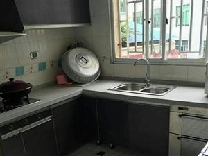 边贸车站附近中装修房4室2厅2卫42.8万元