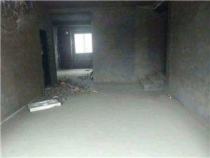 龙腾金龙苑4室2厅2卫65.6万元