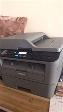出售一台打印机,另出售桌子椅子,价格私聊,有意请拨打电话:15608957707