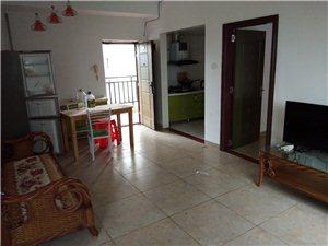 伊比亚一房年租1100元/月,半年800元/月