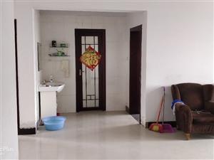 阳光家园3室2厅1卫1200元/月