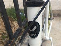 自行车名称为soLE。适合年轻人骑行,配有易损配件,九成新。价格面议。联系电话13897376191