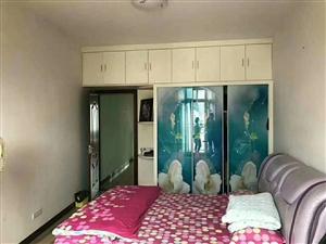 南海城3室2厅2卫72.8万元