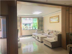 明珠公寓大3室2厅2卫61.8万元
