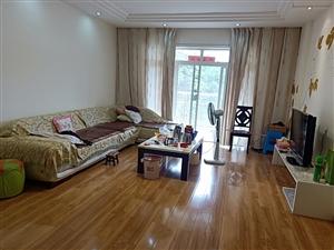 龙达居精装4室2厅2卫159平米喊价85万元