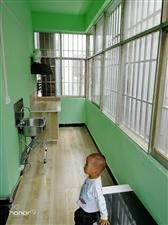 检查院旁边住房出租,长年有房租拧包内住,热水器,衣柜,床,厨房,沙发
