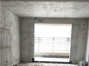 滨河新城3室2厅2卫115万元