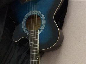 吉他一把,基本全新