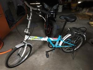 上海凤凰自行车2.0型折叠变速、新车、原价699(上网可查)现转让400元,有需要的联系、非诚勿扰!...