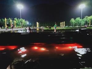 光坝市政广场儿童水池踩水,还是该重视的。