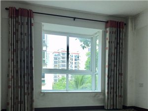 京博雅居3室2厅2卫105万元