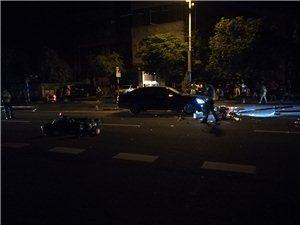 万泉河中路发生交通事故