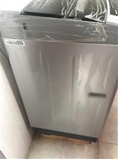 八成新洗衣机,基本没用,买来1200,看东西就知道,品牌