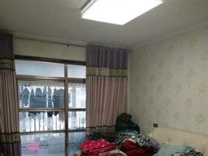 天下佳苑3室2厅1卫73万元电梯房