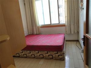 东山小区好位置1楼80平三室带地上小房