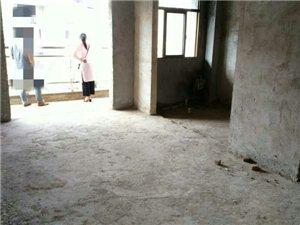 博大新城3室2厅2卫88万元送车库