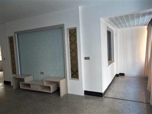 丹阳村3室2厅1卫128万元