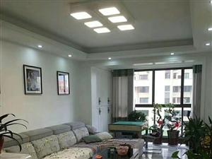 四季澜庭3室2厅1卫148万元