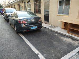 这么停车的见过吗?