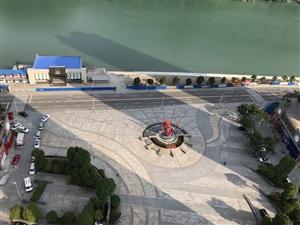 长阳新城毛坯3室2厅1卫42万出售