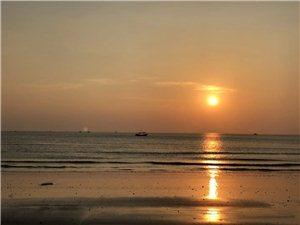 想去海�走走