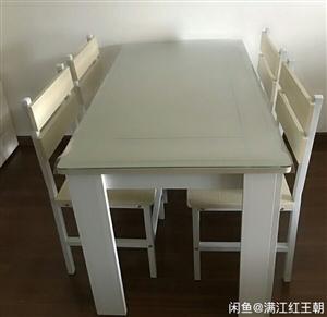 餐桌椅组合现代简约长方形钢化玻璃餐桌家用吃饭桌子6人 基本全新,不到一年,因家里人多,换大的圆桌 ...