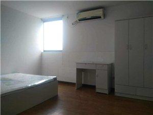 尚景公寓4室1厅2卫750元/月