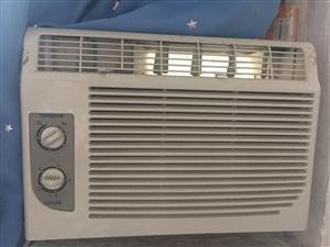 窗式空调 单冷窗机空调 大1匹窗口移动空调一体机   去年这个时候买的空调 1匹 制冷效果好 有...