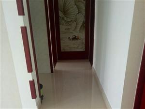 凯泽翡翠城160平精装3室2厅2卫150万元