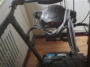 出售自用蓄力牌跑步机,买来就放着没咋的用,99新!