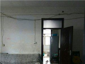 县政府墙外商品房2室2厅1卫14.5万元