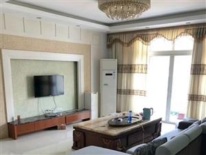 世纪豪庭3室2厅2卫2100元/月拎包入住