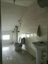 怡和名士豪庭3室2厅1卫700元/月