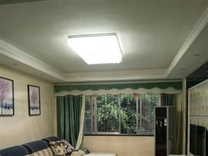 先锋街小区3室2厅2卫66.8万元