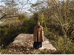 身高1米9的中国最帅和尚,曾被100名富婆追求,29岁的他却选择出家!