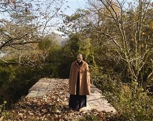 身高1米9的中��最��和尚,曾被100名富婆追求,29�q的他�s�x�癯黾遥�