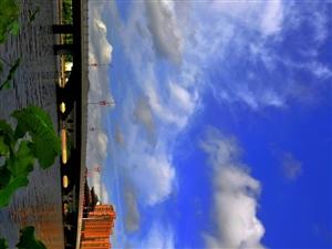 大美秒速飞艇之蓝天白云