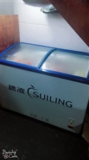 大冰柜,小冰柜,灶台,通通便宜卖了看到就是赚到了没有任何质量问题实在是店铺已转,东西难搬,可随时看货...
