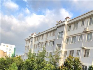 漓江花园2室2厅1卫18.5万元