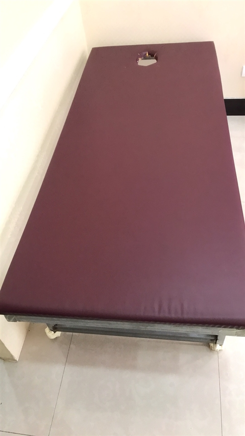 焊制铁床,现价150元出售,非常牢固!