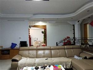 融家地产:出售马鞍双学区房4房2厅2卫全新家私55.8万元